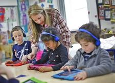 Rockland Education Foundation grant provides iPads for classrooms at Jefferson School